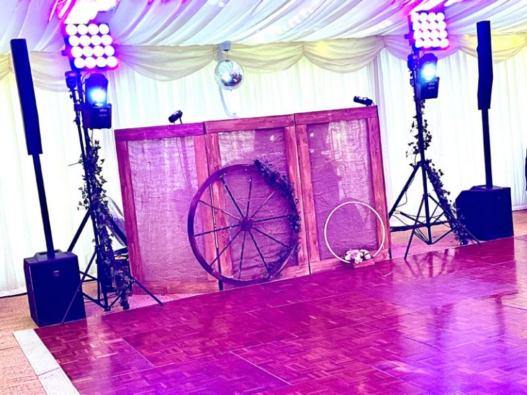 All new sack-cloth effect rustic booth